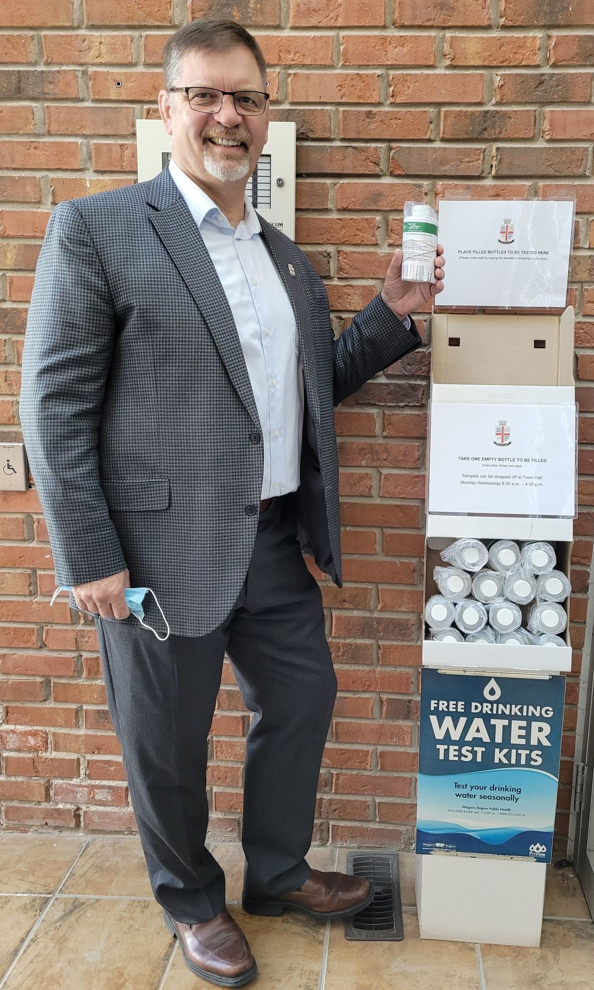 Mayor Gibson at the new water sample station